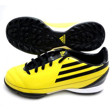 Adidas Soccer Shoes Junior...