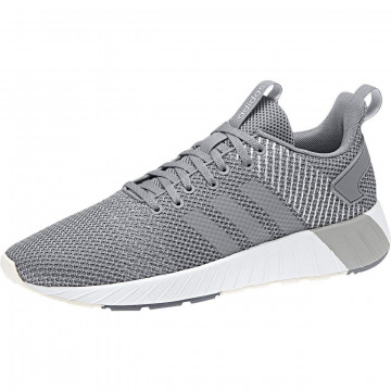 Sneakers  Questar
